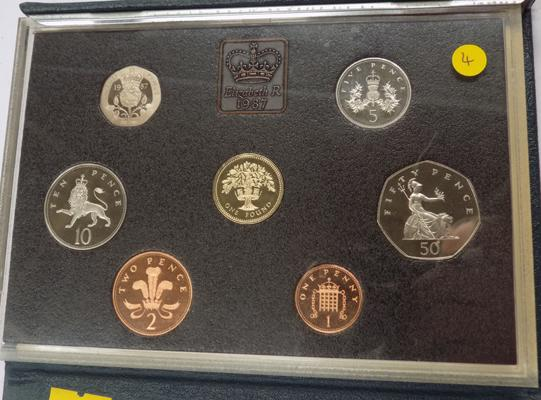 Royal mint proof coin set 1987