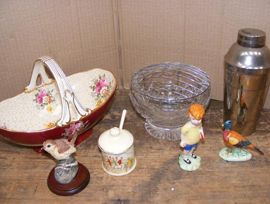 Selection of collectables, incl. Viners  cocktail shaker, Beswick Christopher Robin