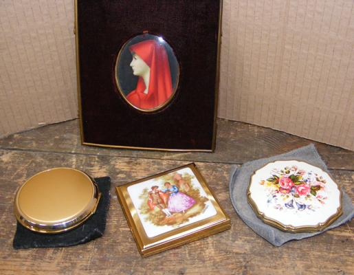 Selection of vintage compacts & other