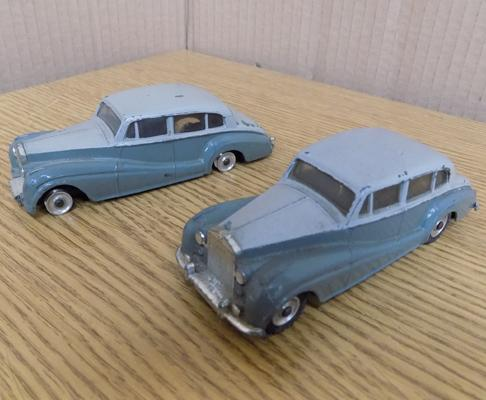 2x Dinky No 150 Rolls Royce silver wraith-original paintwork