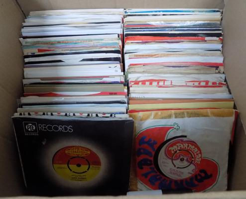 Box of mixed vinyl singles 1950's-80's inc some hard to find titles