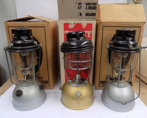 3x Boxed tilly lamps