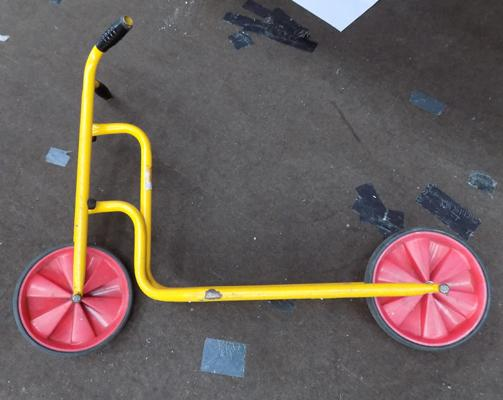 Vintage Triang type scooter
