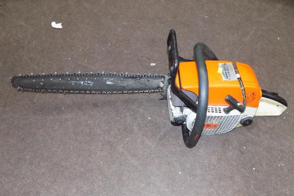 Stihl petrol chainsaw, good working order - needs chain sharpening