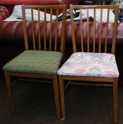 Pair of retro dining/bedroom chairs