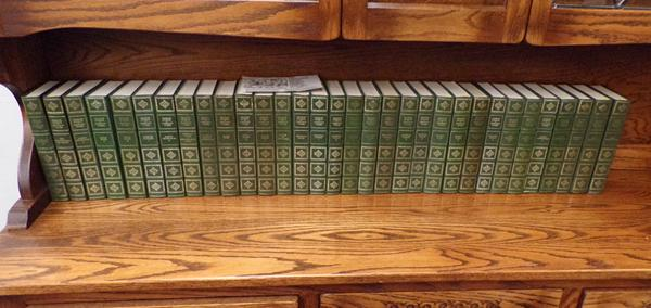 Complete work of Charles Dickens-continental edition-32 books