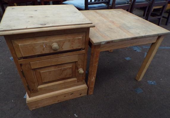 Farmhouse pine bedside drawers & farmhouse style pine table