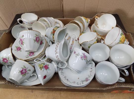 Mixed selection of part tea sets