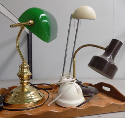 3x Lamps inc brass bankers lamp-as seen