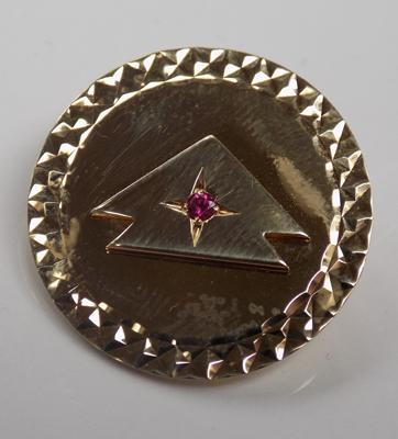 9ct Gold art deco style brooch set with ruby