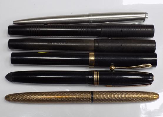 selection of fountain pens, 14ct gold nibs x 3 (Sheaffer, Waterman, Parker)