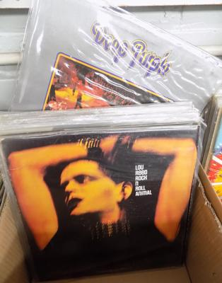Box of records incl. Deep Purple, Lou Reed, Queen, Santana, Moody Blues etc.