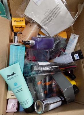 Box of mixed cosmetics incl. make-up etc. - sold as seen