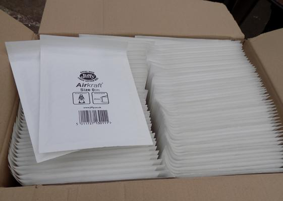 100 small bubble envelopes, perfect for jewellery etc...