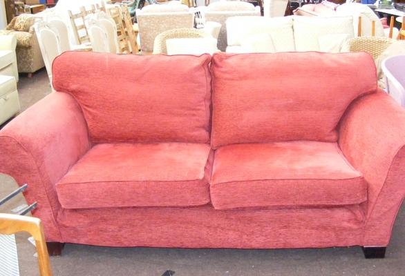 Large 2 to 3 seater settee