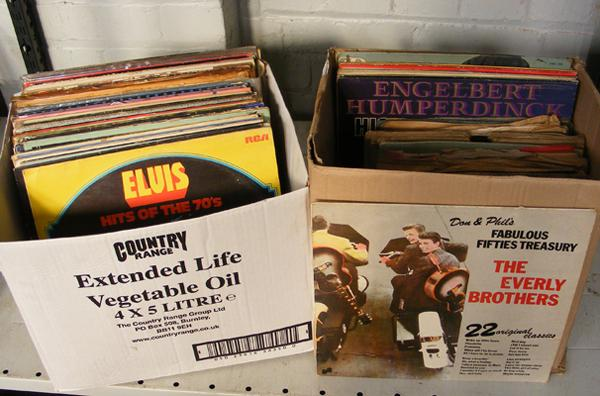 Two boxes of LPs + 78s records