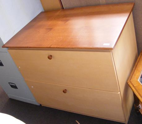 Two door unit with deep drawers