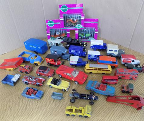 Collection of diecast cars + vans