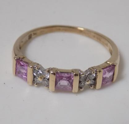 9ct gold pink sapphire and diamond ring size R 1/2
