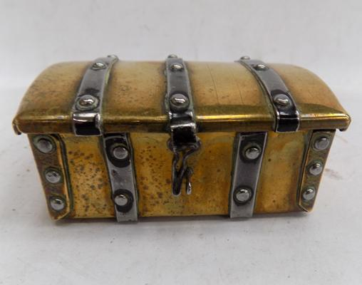 Vintage brass trunk trinket/ ring box, with studded strapping