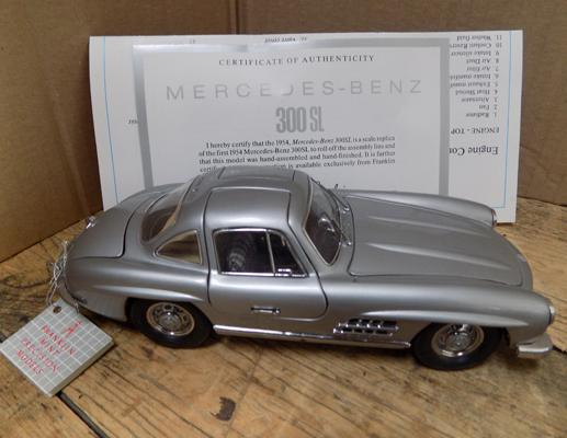 Mercedes Benz 300 S1 with certificate - no box