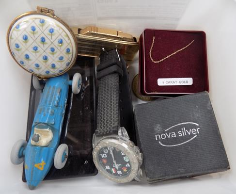 Tub of collectables incl. 9ct gold chain - tin plate - coins etc.