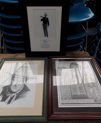 3x John Wayne framed prints incl. ltd. edition photo