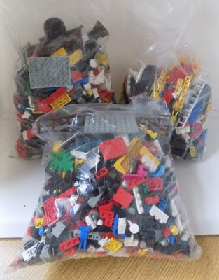 Selection of mixed vintage Lego