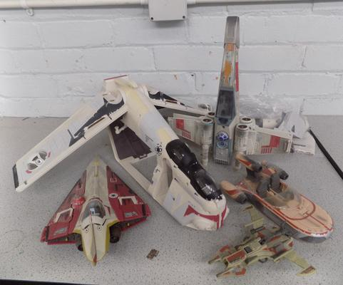 5x old Star Wars fighters
