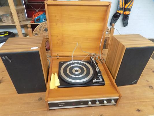 Retro stereo sound elite record player and speakers