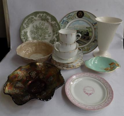 Box of mixed pottery incl. Wedgwood vase, Shelley bowl, carnival glass and Coalport plate