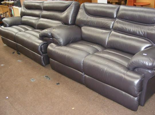 Lazyboy three seater reclining sofa and 2 seater sofa