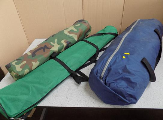 Tent, easel and army foldable chairs