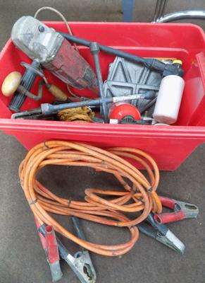 Box of items incl. heavy duty leads etc.