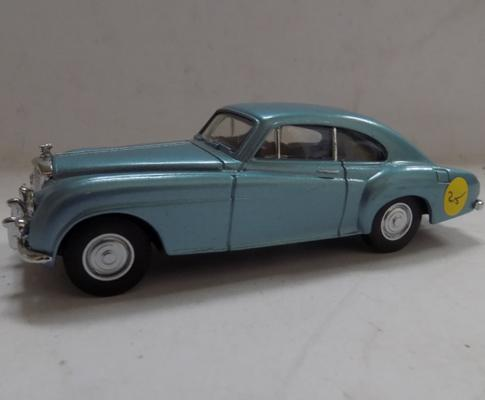 Dinky R. type continental Bentley - mint condition
