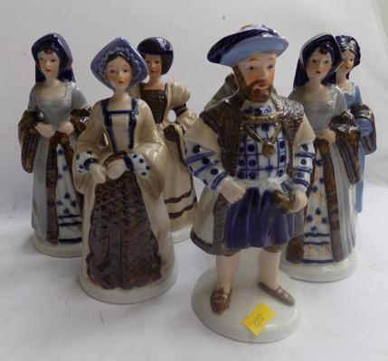 Henry VIII and his 6 wives figurines