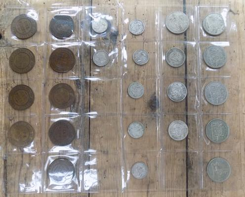 Collection of Australian coins, some silver