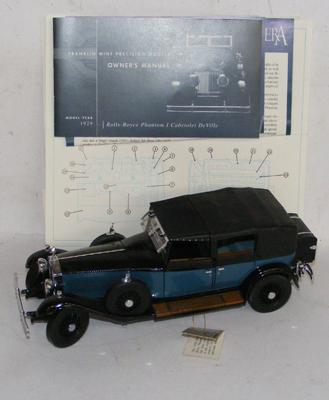 Franklin Mint 1929 Rolls Royce Phantom 1 Cabriolet Deville with certificate, no box
