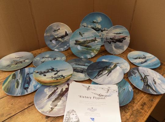 Set of Coalport plates 'Victory Flypast', with certificates (15 plates)
