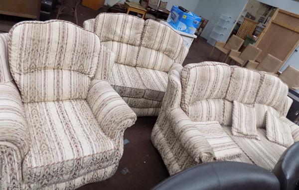 3 piece settee, incl. 2 sofas & 1 chair