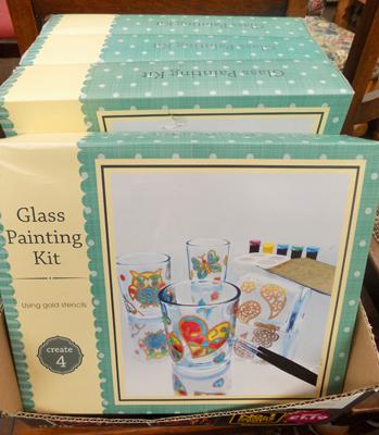 4 x glass painting sets