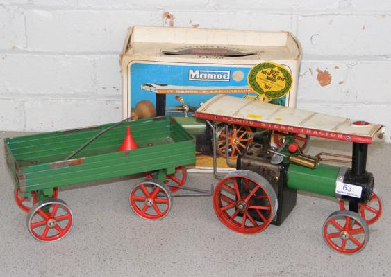 Mamod TE1A steam tractor with trailer, boxed