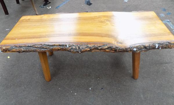 Coffee table, 36 inches long