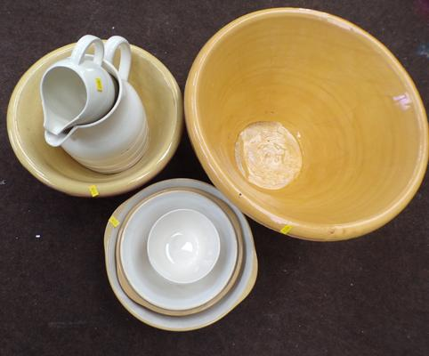 Selection of vintage mixing bowls, jugs & dairy bowls