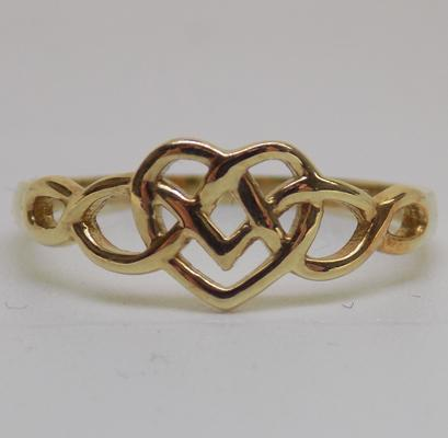 9ct gold Celtic knot heart ring - size N