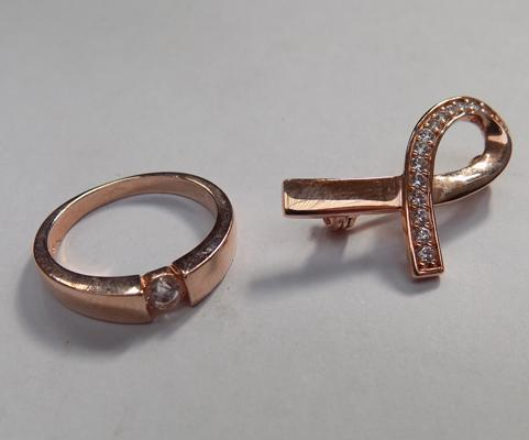 Rose gold plated silver brooch and ring set