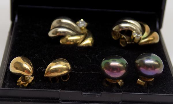 3 pairs of gold earrings - yellow and white gold, pearl and gold teardrop studs