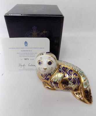 Royal Crown Derby - Harbour Seal, gold stopper, limited edition, 1671 of 4500