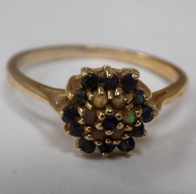 9ct gold sapphire + fire opal ring, size W