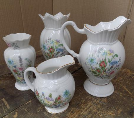 Selection of Aynsley - Wild Tudor, incl. jugs